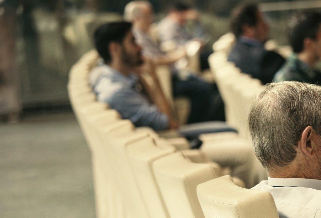 auditorium-2816353_1920b